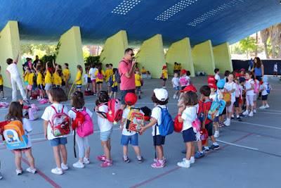 escuelas de verano para bebés y niños en vacaciones