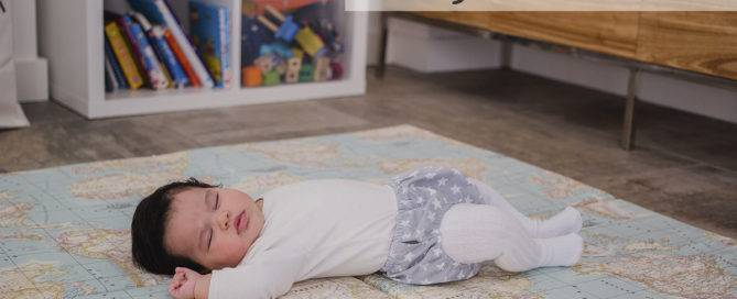 especial dormir con ruido sueño bebé mimuselina colchoneta de suelo mapamundi