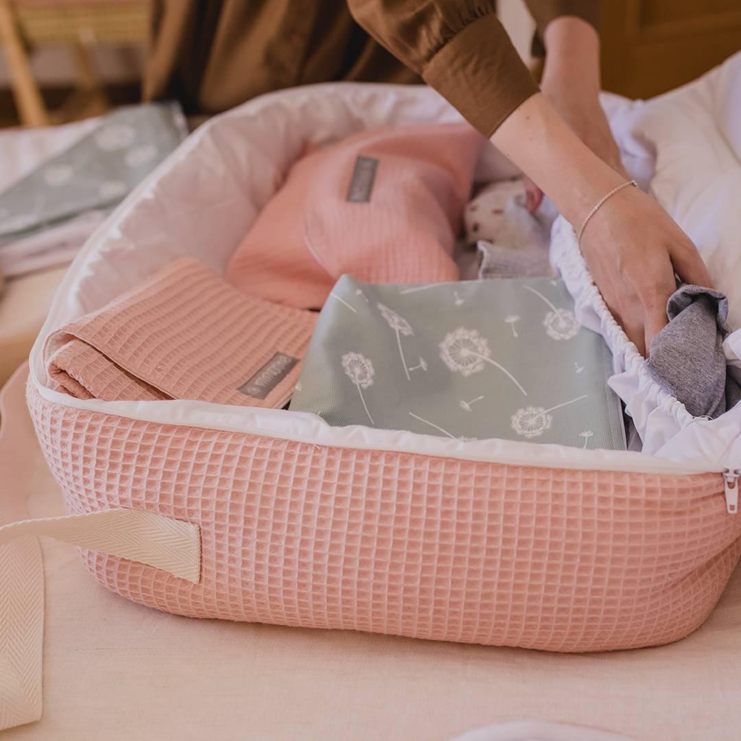 maleta hospital bebé qué llevar al hospital para dar a luz