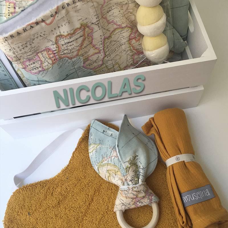 canastilla para bebes Mimuselina regalo caja personalizada recién nacido
