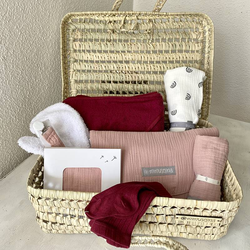 cesta-palma-canastilla-recien-nacido-maleta-mimbre-bebe-mimuselina